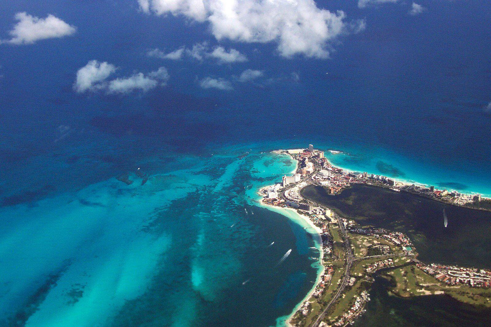 Cancun aus der Luft