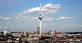 Eurowings: Berlin-Flüge ab 18,99 € + 475 Meilen pro Flug sammeln